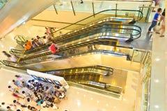 购物中心内部 免版税库存照片