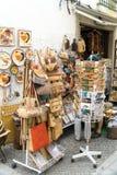 购物在埃武拉的大街的未定义游人 库存图片