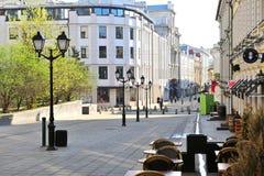 购物街道在莫斯科,俄罗斯的市中心 库存图片