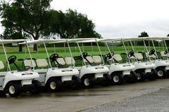 购物车高尔夫球停车 免版税库存照片