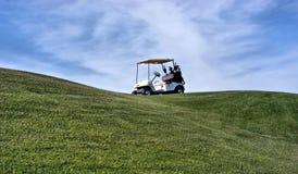 购物车高尔夫球 免版税库存图片