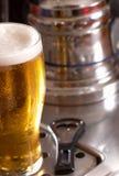 贮藏啤酒品脱 库存图片