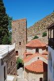 贴水Panteleimon修道院,蒂洛斯岛海岛 免版税库存图片