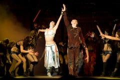 贵妇人舞蹈de drama著名notre巴黎世界 免版税库存图片