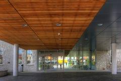 贵湖香港大会堂外部安大略的,加拿大 免版税库存图片