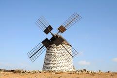 费埃特文图拉岛传统风车 库存图片