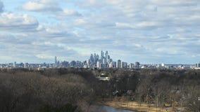 费城地平线时间间隔与云彩和天气的 股票视频