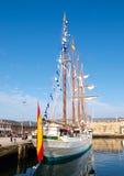 费罗尔半岛,西班牙- 2月16 : 西班牙海军胡安塞巴斯蒂安de Elcano 免版税库存照片