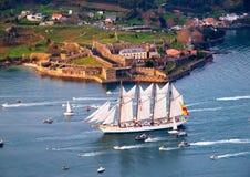 费罗尔半岛,西班牙- 2月16 : 西班牙高船胡安塞巴斯蒂安Elcano 免版税库存图片