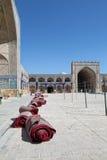 贾梅清真寺,伊斯法罕,伊朗庭院  免版税库存照片