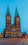 贿赂 主要市场正方形 布里曼大教堂 免版税库存图片