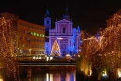 资本圣诞节城市卢布尔雅那nightscene斯洛文尼亚时间 免版税库存照片