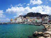 资本Pigadia,喀帕苏斯岛海岛,希腊 免版税库存图片