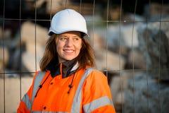 资深妇女工程师画象 免版税库存照片