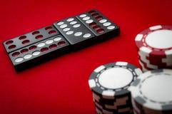 赌博娱乐场牌九瓦片 图库摄影