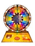 赌博娱乐场赌博概念:五颜六色的轮盘赌比赛赌博轮子 免版税库存图片