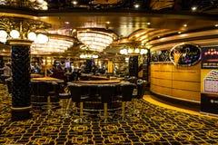 赌博老虎机在赌场,巡航划线员Splendida, 免版税库存图片
