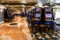 赌博赌博娱乐场内部,巡航划线员肋前缘Mediterranea 免版税库存照片