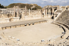 赌注罗马剧院她的`,以色列 免版税库存照片
