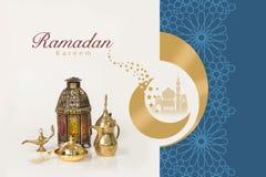 赖买丹月与伊斯兰教的装饰品的贺卡 皇族释放例证