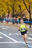 赖安Vail (美国)跑2013个NYC马拉松 库存照片