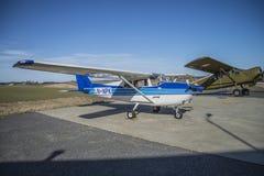 赛斯纳172B Skyhawk LN-NPK 免版税库存图片