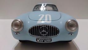 赛跑传奇模型汽车的奔驰车300SL 免版税库存照片