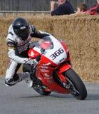 赛跑本田CB1000RR的经典摩托车街道在Methven新的Z 免版税图库摄影