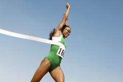 赛跑者赢取的种族 图库摄影