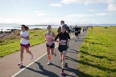 赛跑者,马拉松 免版税图库摄影