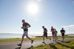 赛跑者,马拉松 库存照片