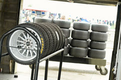 赛跑轮胎 免版税库存照片