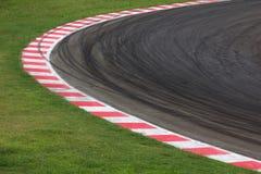 赛马跑道曲线路 免版税库存图片