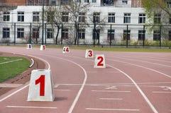 赛马跑道的数字 免版税库存照片