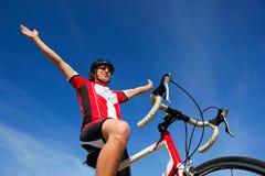 赢取的骑自行车者 免版税库存照片