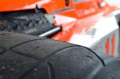 赢取詹姆斯・昆都的迈凯轮M23的世界冠军 库存照片