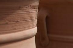 赤土陶器黏土陶瓷罐 免版税图库摄影