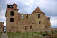 赤脚卡默利特平纹薄呢父亲的修道院的废墟Zagà ³ rze的在萨诺克(波兰, Podkarpackie省)附近 免版税库存图片