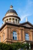 赤褐色加利福尼亚法院大楼 免版税库存照片