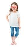 赤足站立在白色背景的充分的成长的现代时兴的小女孩 库存照片