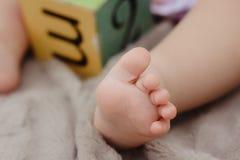 赤足婴孩 免版税图库摄影