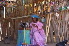 赫勒娄族妇女纳米比亚 免版税图库摄影
