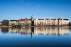 赫尔辛基江边都市风景 免版税图库摄影