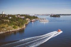 赫尔辛基海滨人行道 库存图片