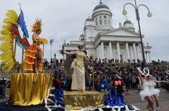 """赫尔辛基,芬兰†""""2015年6月6日:传统夏天桑巴汽车 免版税库存图片"""
