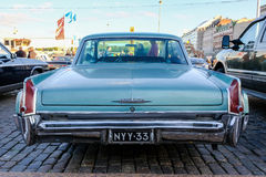赫尔辛基,芬兰老汽车卡迪拉克 库存照片