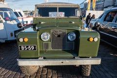 赫尔辛基,芬兰老汽车陆虎系列II 库存图片