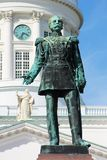 赫尔辛基,芬兰- 2014年8月15日:对芬兰俄国沙皇时代的太子和俄国皇帝亚历山大二世的一座纪念碑 免版税库存图片