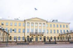 赫尔辛基,芬兰- 2015年12月21日:总统府大厦  图库摄影