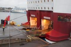 赫尔辛基,芬兰- 10月25 :渡轮北欧海盗线被停泊在市的口岸的停泊赫尔辛基,芬兰10月 免版税库存图片